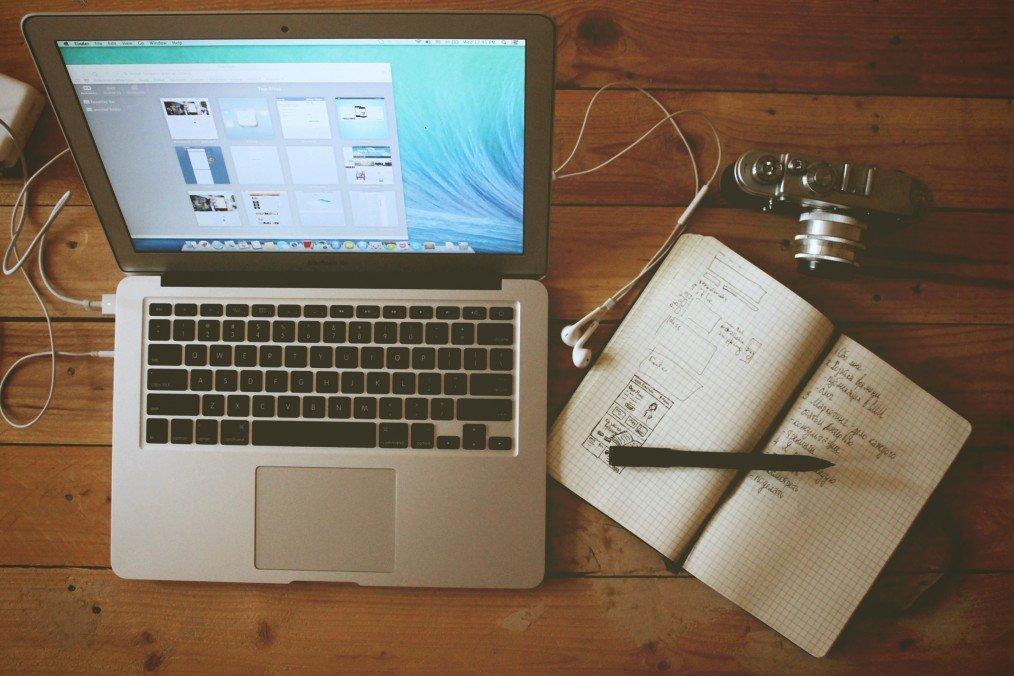 Przychodzi copywriter do grafika – o relacji pomiędzy contentem a designem