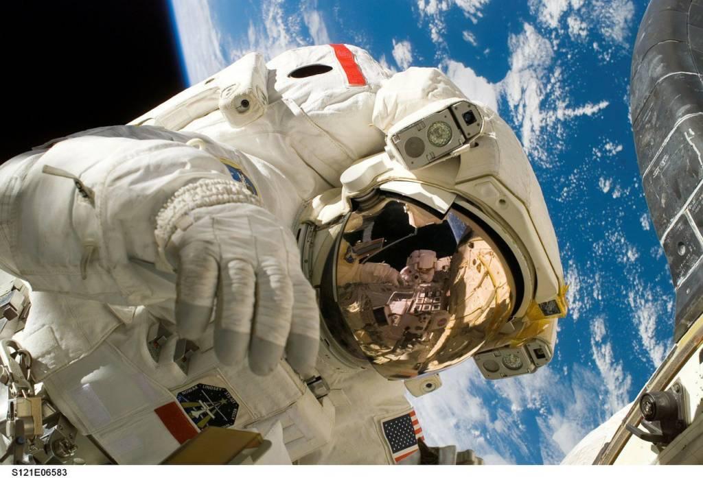 Poznawaj kosmos dzięki Google Space