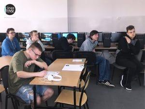uczniowie technikum